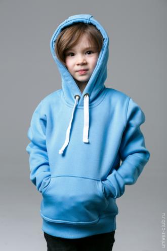 Голубая детская толстовка